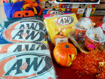 A&W グッズ②.png